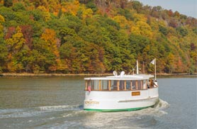 NYC Fall Foliage Boat Tour | Classic Harbor Line