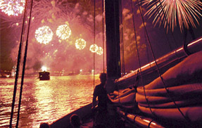 NYC 4th of July Fireworks Cruise | Classic Harbor Line